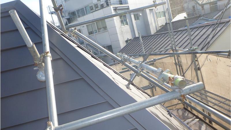 屋根カバー工法施工後の棟板金