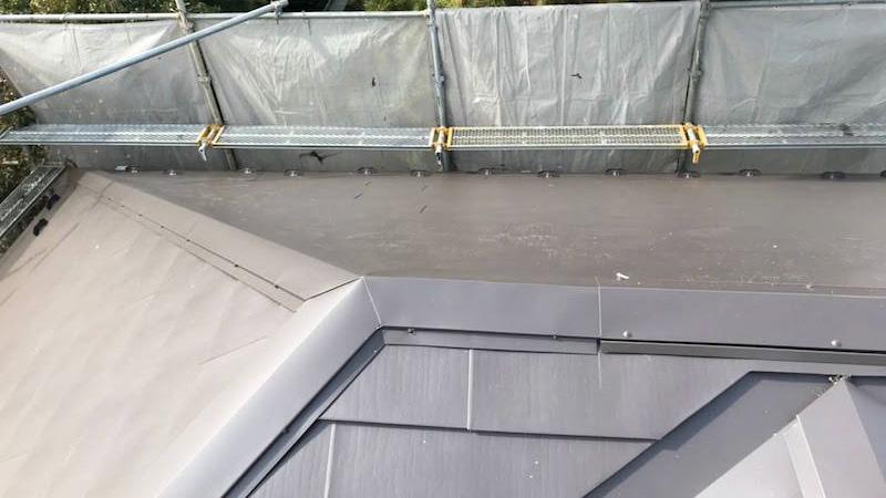 ガルバリルム鋼板施工後の様子