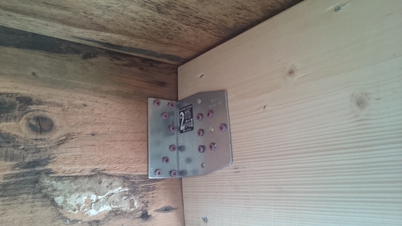 ベランダの軒天井の補修