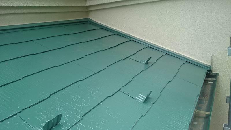 屋根塗装の上塗り塗装後