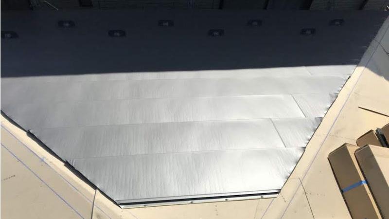 屋根葺き替え工事の屋根本体の施工