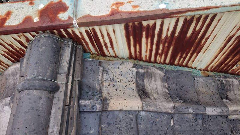杉並区の屋根葺き替え工事の施工前の様子