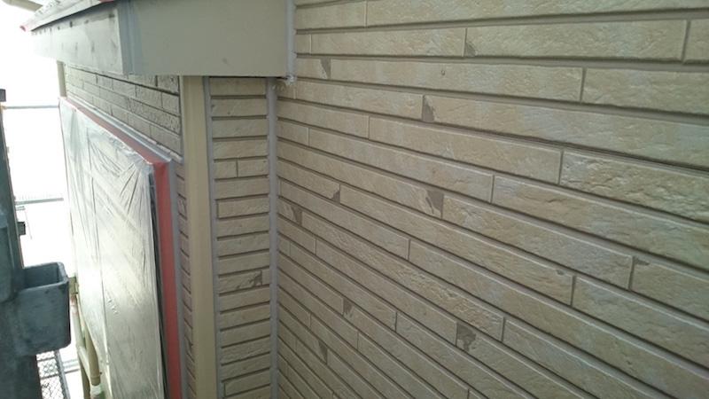外壁塗装の下塗り前のサイディングの状態