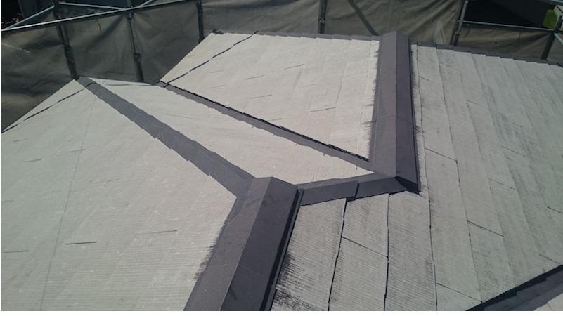 チョーキング現象が発生したスレート屋根