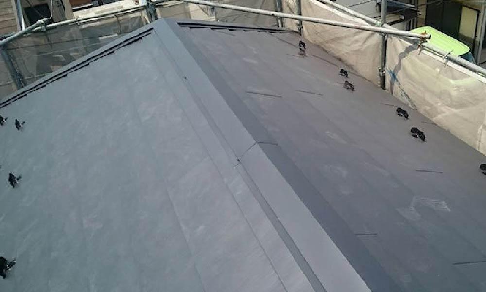 東京都町田市の屋根カバー工法