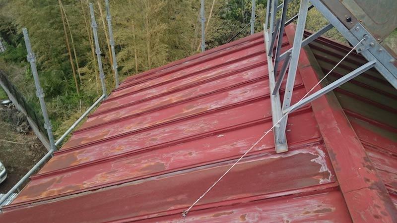 全体に錆が発生したトタン屋根