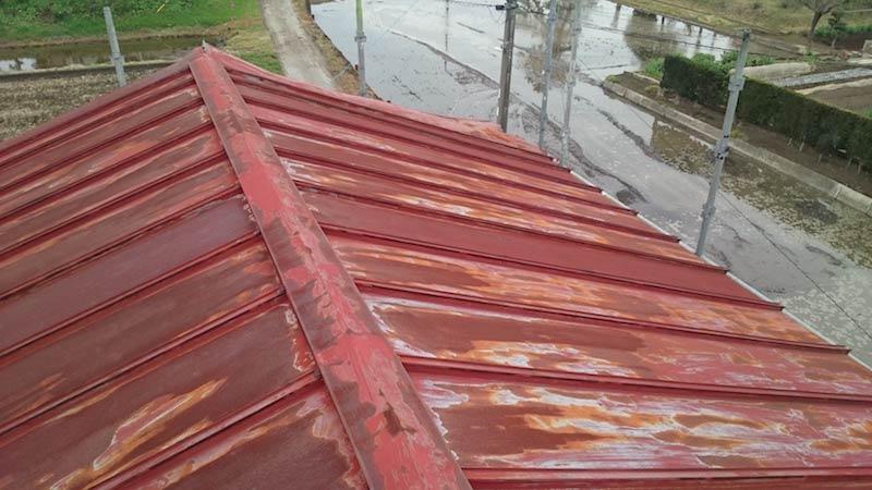 錆が発生したトタン屋根
