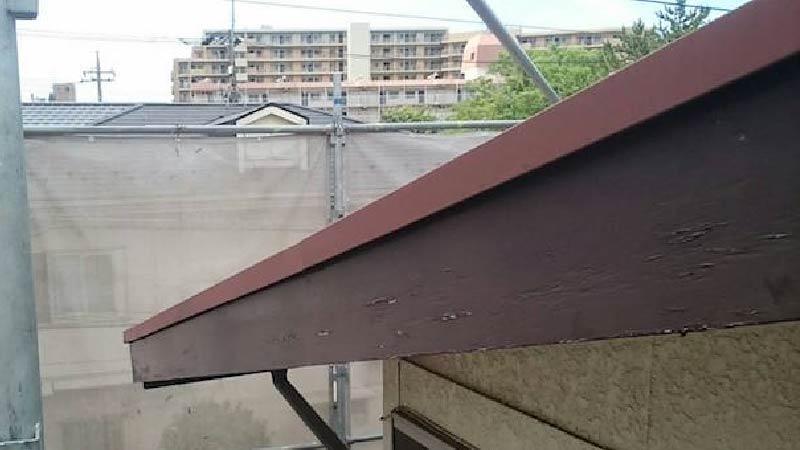 松戸市の破風板の修理の施工前の様子