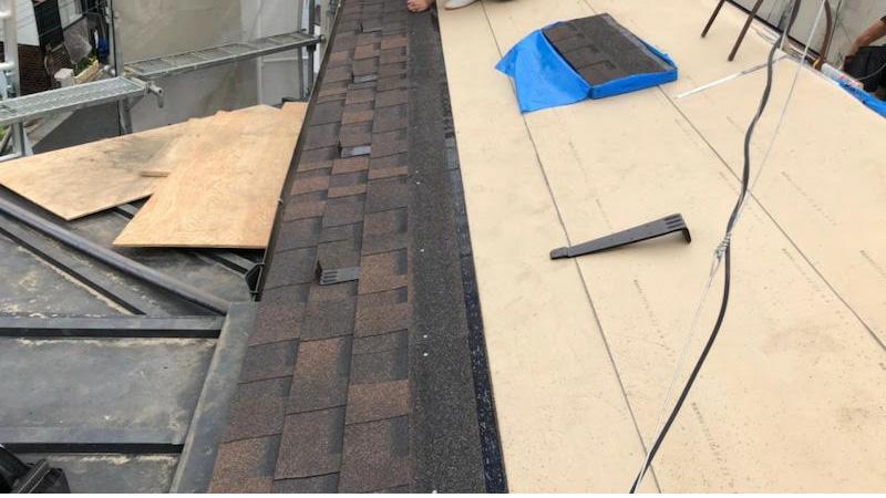 屋根材本体(アスファルトシングル)の施工