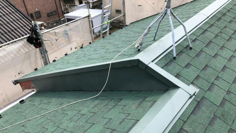 大屋根の葺き替え工事の施工後の様子