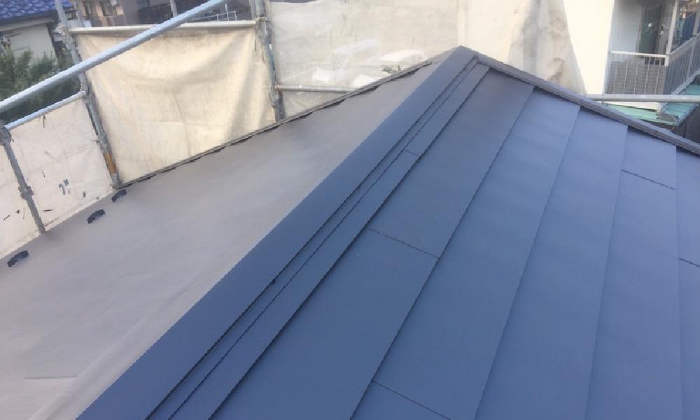 八潮市の屋根葺き替え工事のビフォーアフター