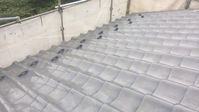 八潮市の屋根葺き替え工事の施工前の様子