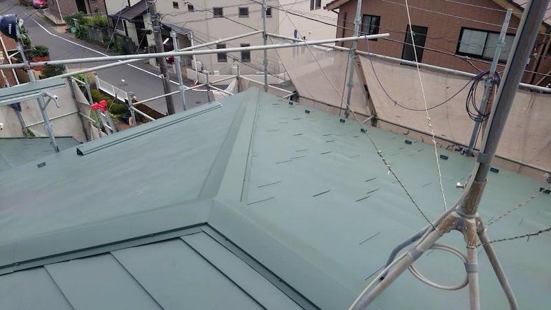 葛飾区の屋根葺き替え工事の施工後の様子