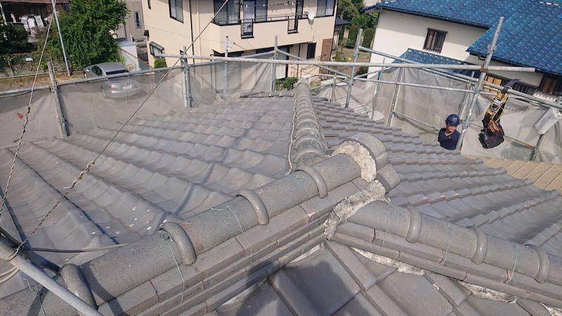 葛飾区の屋根葺き替え工事の施工前の様子