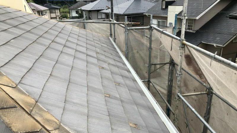 屋根カバー工法の雪止め金具の撤去