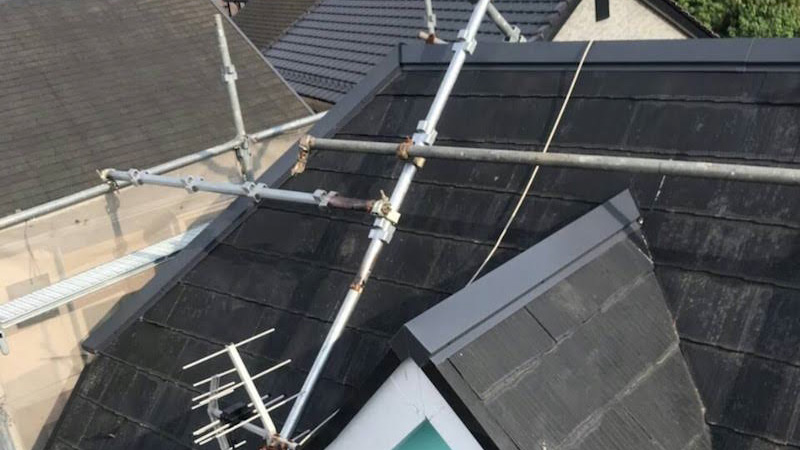 屋根の棟板金の交換後の様子
