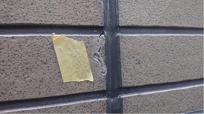外壁のコーキング補修