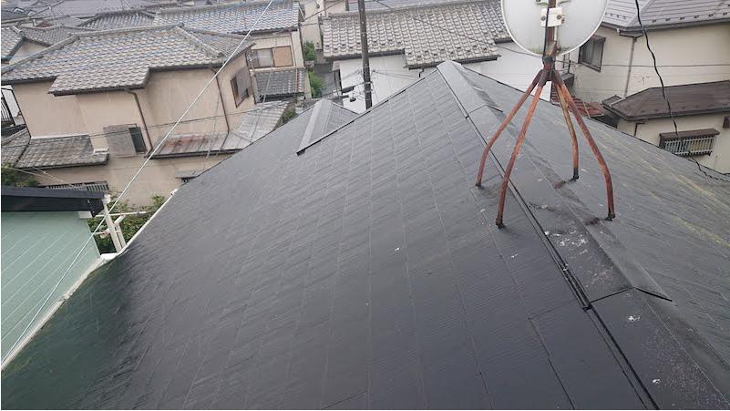 スレート屋根の施工前の様子