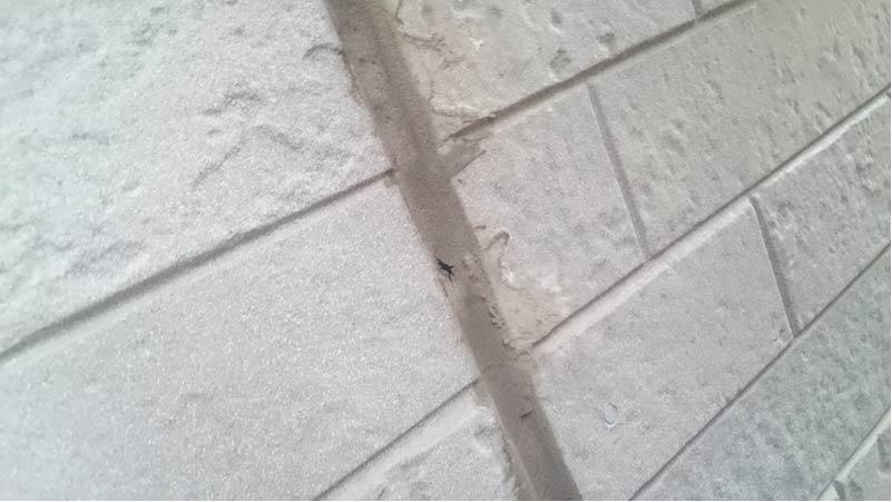市川市の外壁・屋根塗装のコーキングの劣化症状