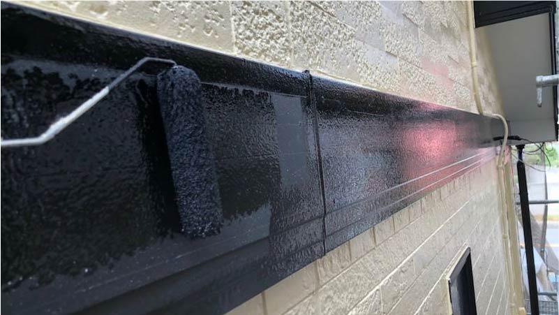 市川市の外壁・屋根塗装の幕板の塗装