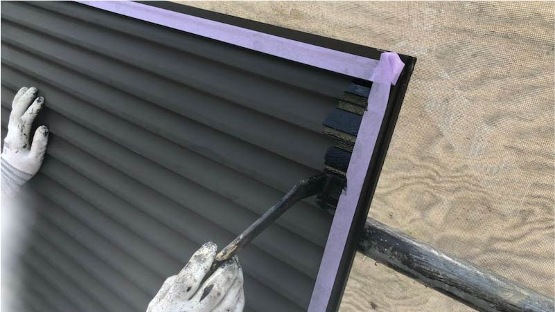 市川市の外壁・屋根塗装の雨戸の塗装