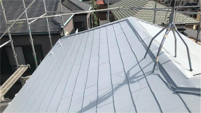 市川市の屋根塗装の上塗り