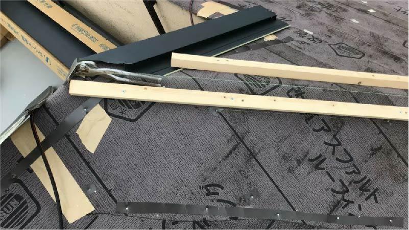 三郷市の屋根リフォームの役物の施工