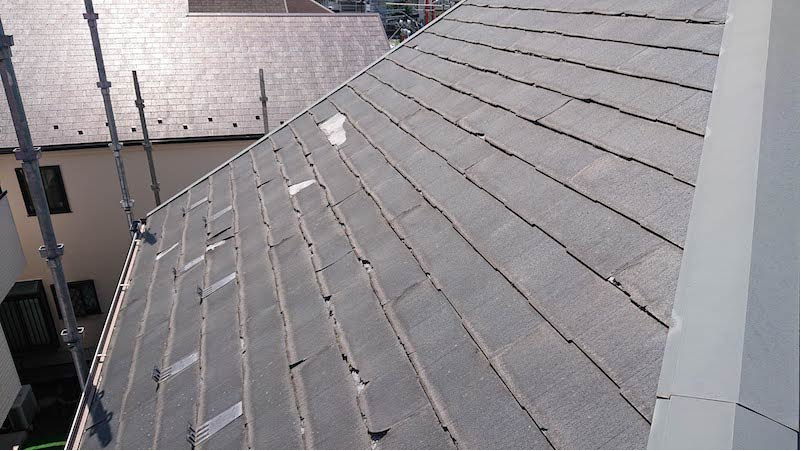 三郷市の屋根リフォームの施工前の様子