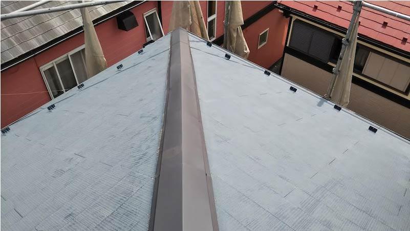 船橋市の棟板金交換工事の施工後の様子