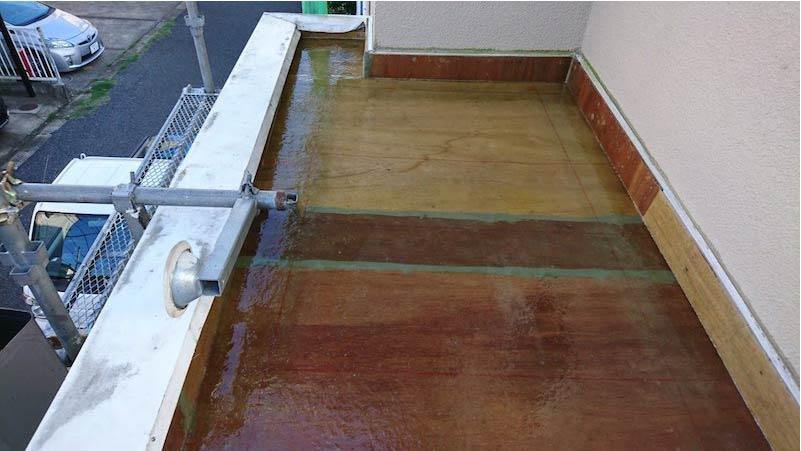 葛飾区の防水工事のFRPの樹脂塗り