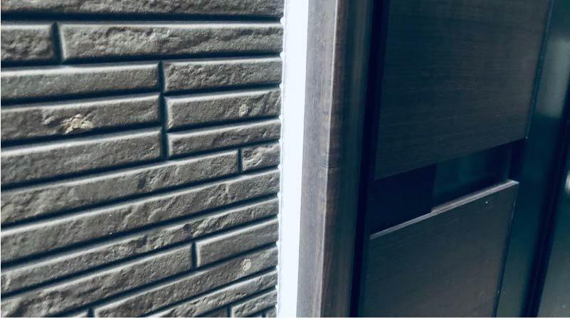 外壁塗装のコーキングの交換工事