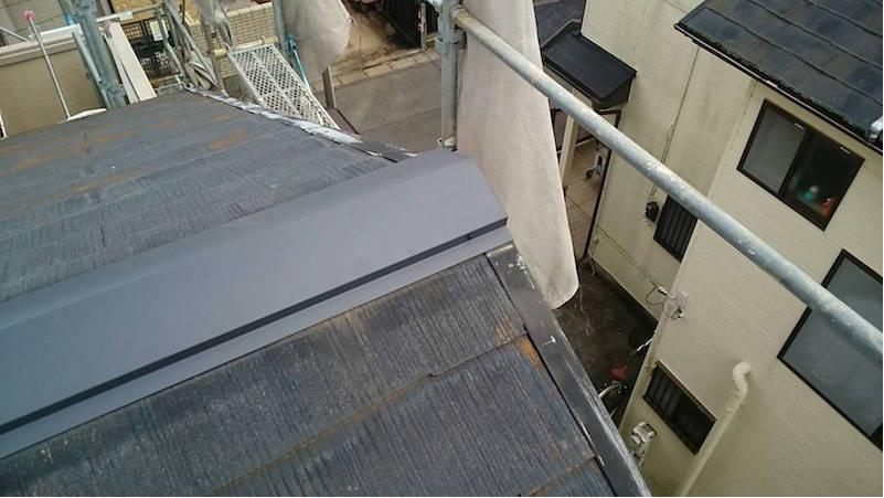 棟板金交換工事の施工後の様子