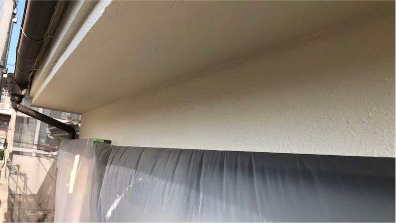 外壁塗装の上塗り施工後の様子