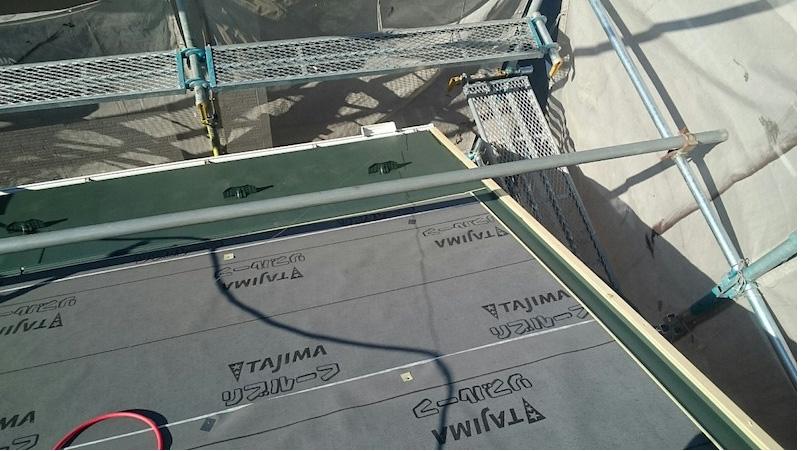 船橋市のカバー工法のガルバリウ鋼板の施工