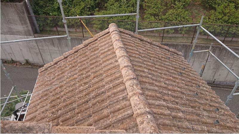 三郷市の屋根葺き替え工事の施工前の様子