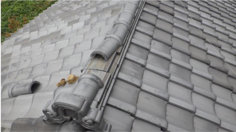 草加市の屋根修理の施工前の様子