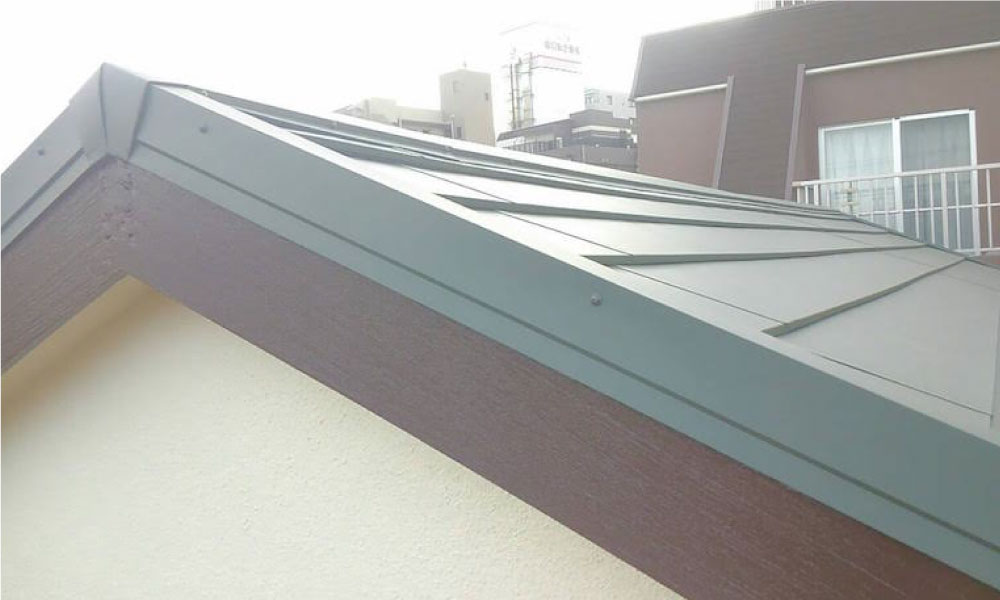 足立区の屋根葺き替え工事