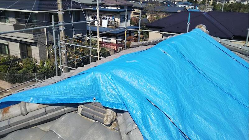 瓦屋根の応急処置