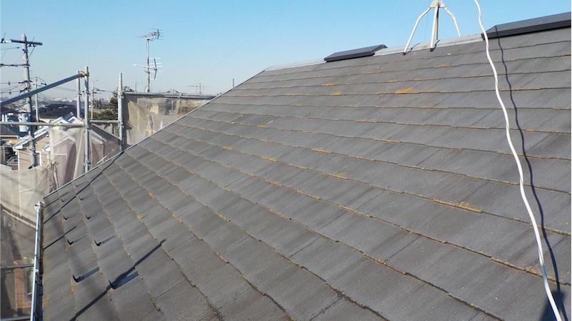船橋市の苔の・カビの生えたスレート屋根