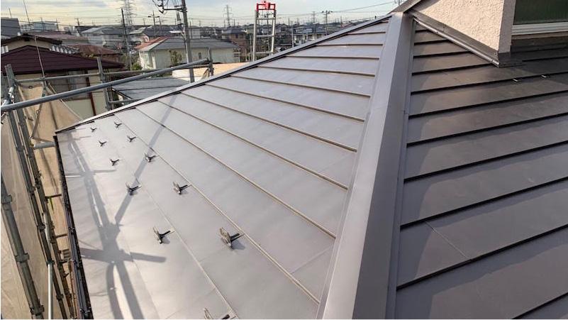 市原市の屋根のカバー工法リフォームの施工後の様子