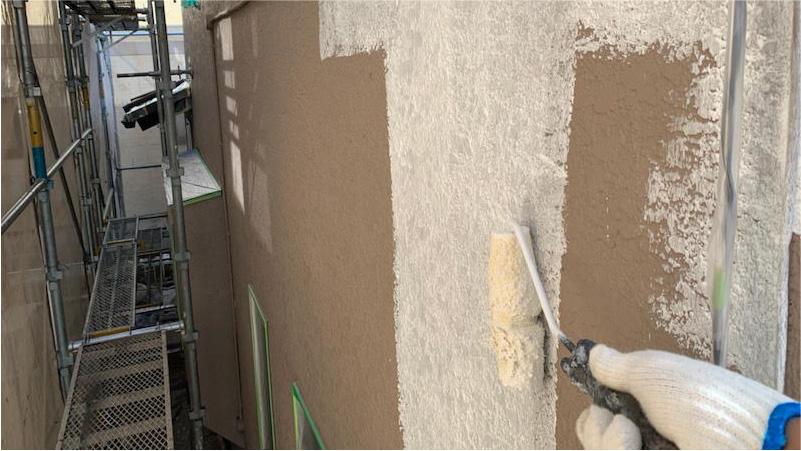 市原市の外壁塗装の下塗り