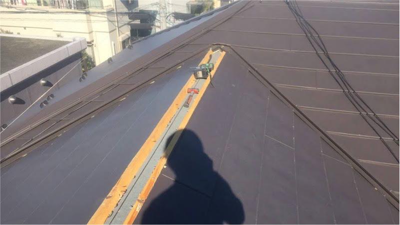 ガルバリム鋼板の交換
