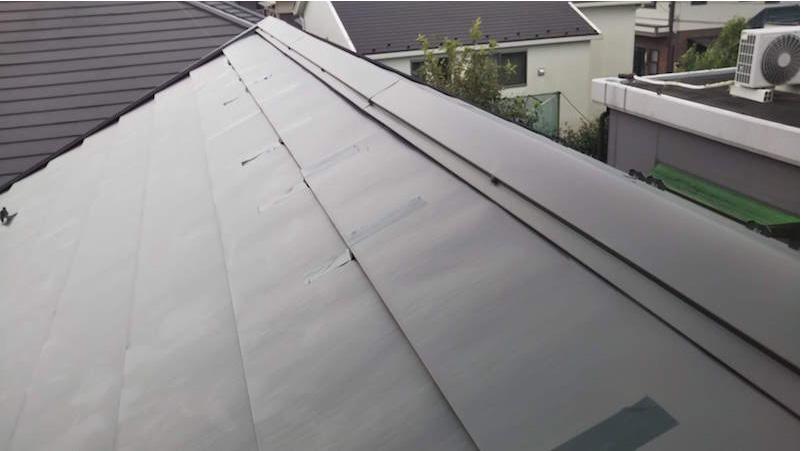 ガルバリウム鋼板屋根の応急処置