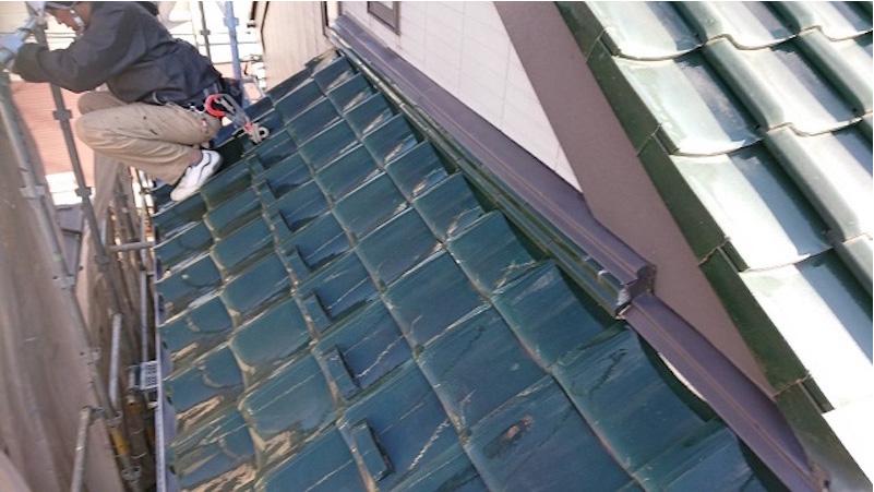 船橋市の屋根の葺き替えこ工事の施工前の様子