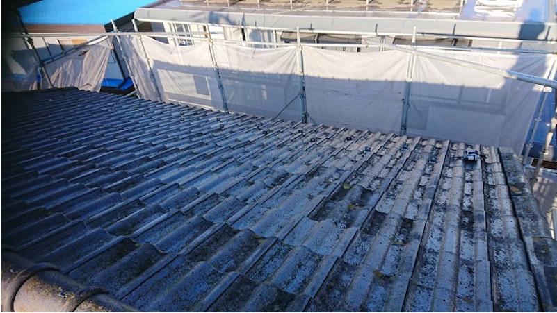 鎌ヶ谷市の屋根葺き替え工事の施工前の様子