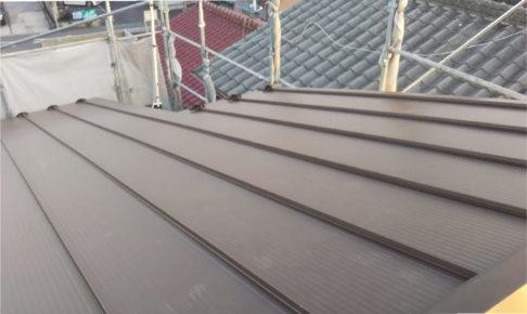 越谷市のトタン屋根の葺き替え工事