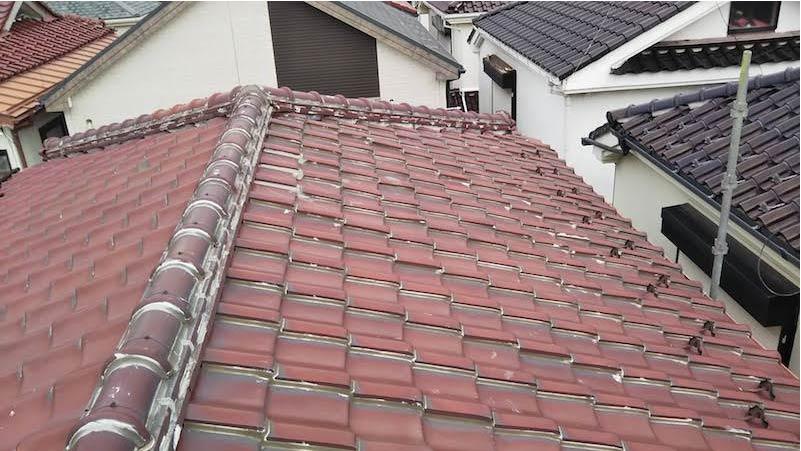 市川市の屋根修理の施工前の様子