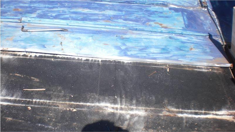 下屋根の既存トタン屋根の撤去