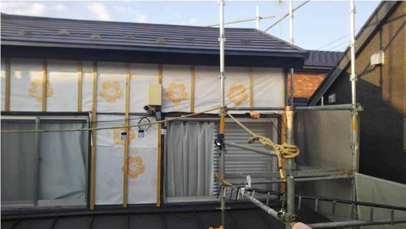 外壁防水シートと胴縁の施工