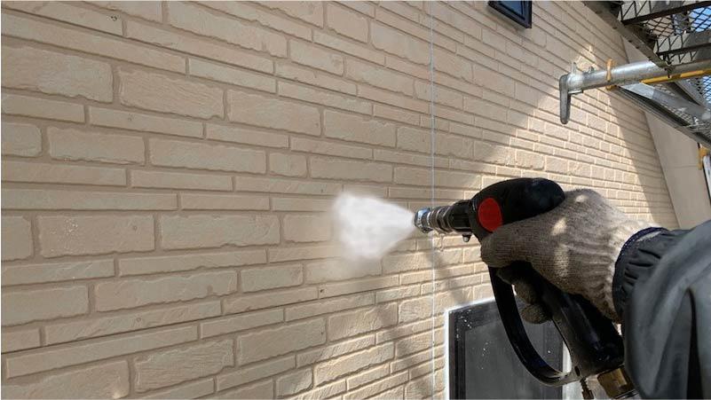 外壁の高圧洗浄